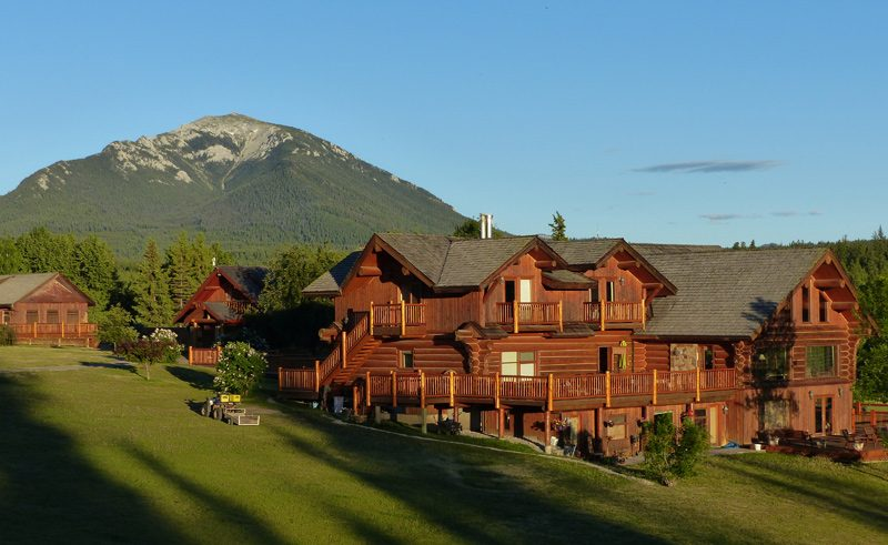 echo valley resort british columbia