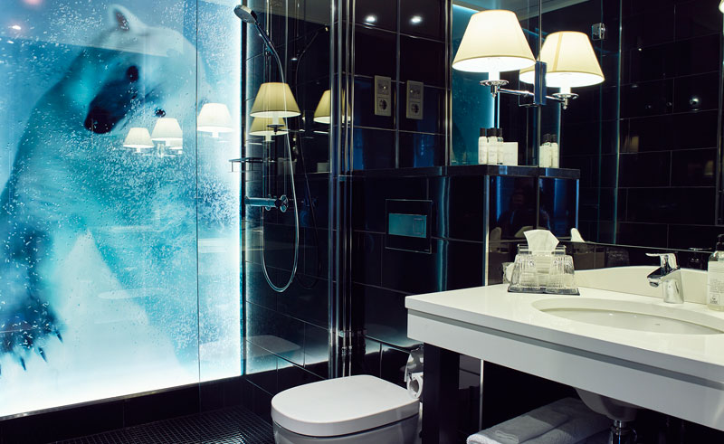 arctic light hotel bathroom
