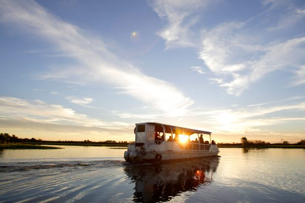 australia northern territory kakadu yellow river cruise wayoutback