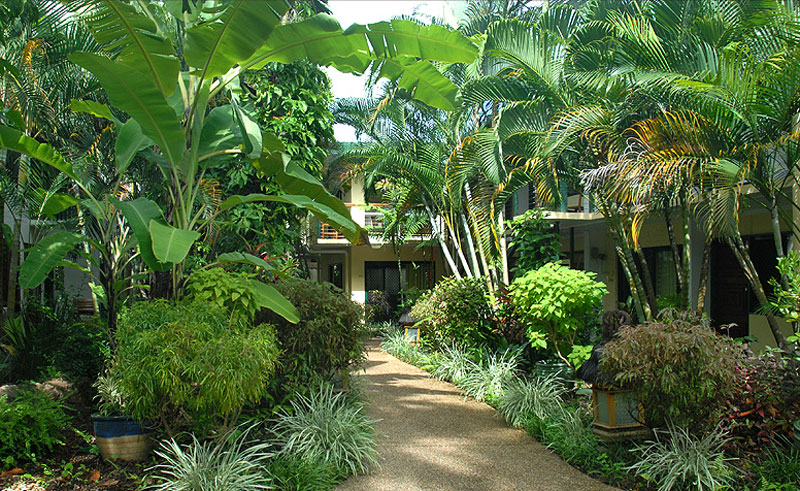 bay village tropical retreat gardens