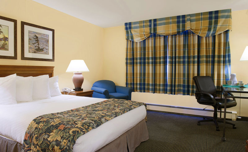 best western landing hotel queen room