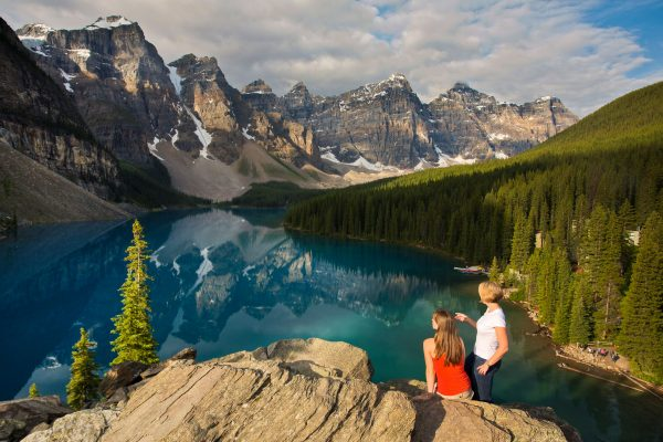 canada alberta moraine lake viewpoint trav alb
