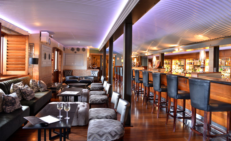 cape grace hotel bascule bar