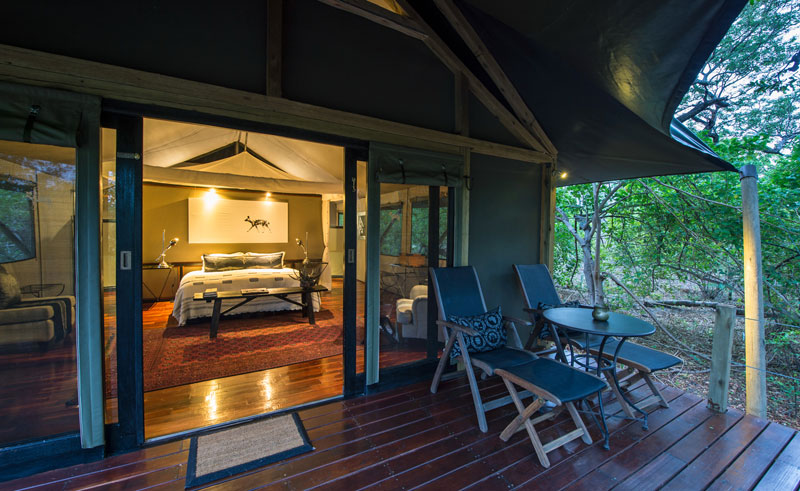 chitabe camp bedroom and deck