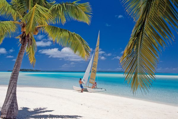 cook islands aitutaki couple on hobie cat