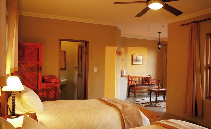 desert horse inn bedroom interior
