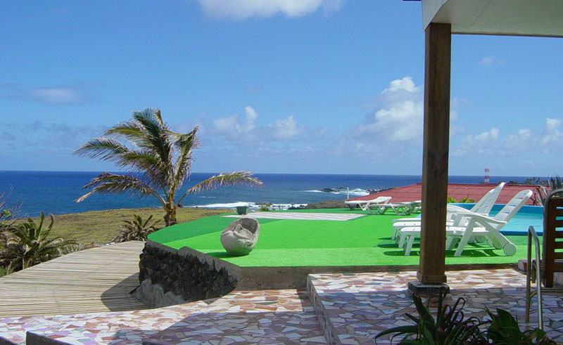 easter island iorana pool deck