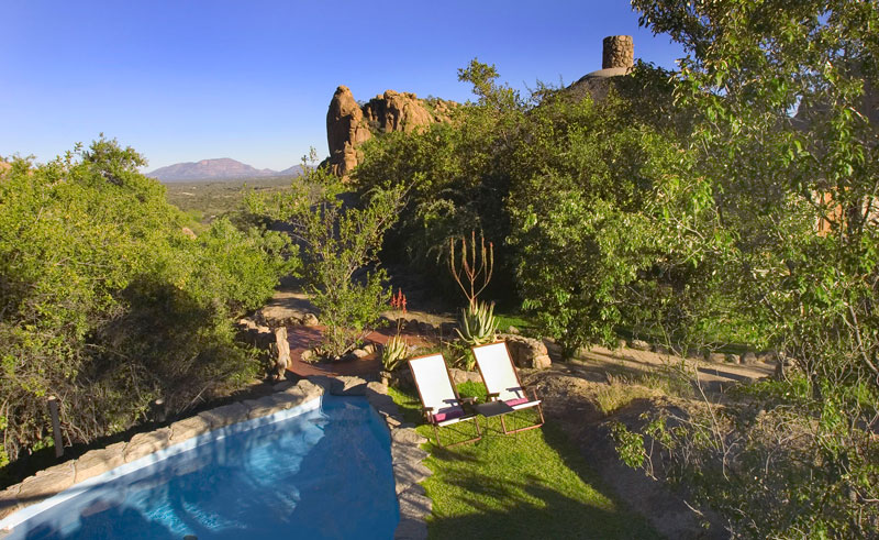 erongo wilderness pool view