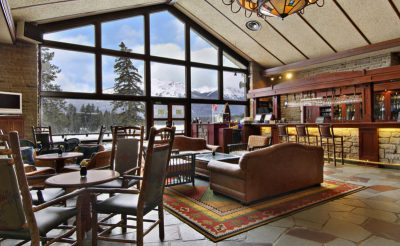 fairmont jasper park lodge bar