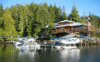 farewell harbour lodge exterior and floatplanes