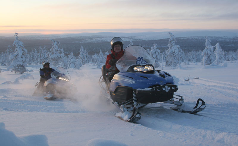 finnish lapland snowmobiling vf
