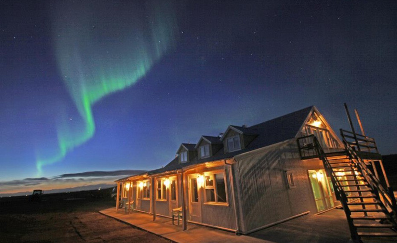 hotel laekur nothern lights