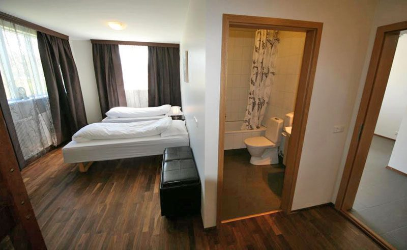 husavik cape hotel twin bedroom ensuite