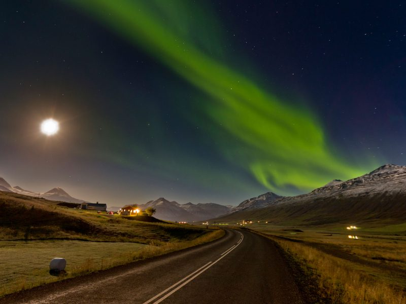 iceland snaefellsnes northern lights full moon rth
