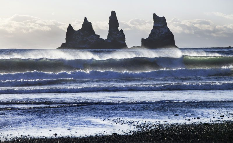 iceland south east vik reynisdrangar waves img