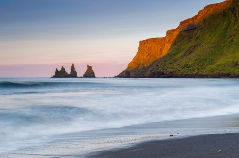 iceland south west vik reynisdrangar sunset do