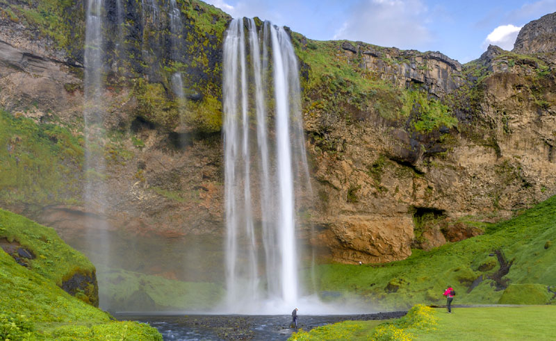 iceland south west waterfall seljalandsfoss rth