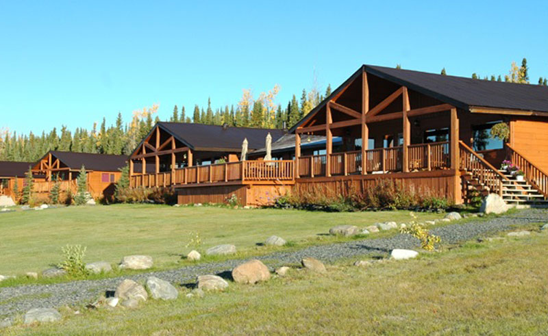 inconnu lodge exterior