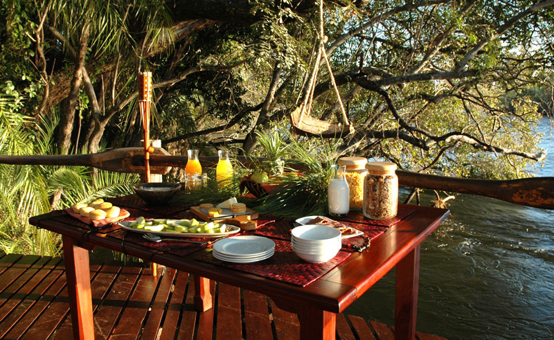 kaza safari lodge dining