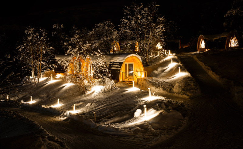 kirkenes snowhotel gamme cabins exterior