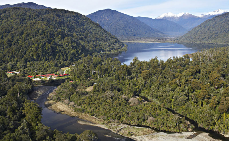 lake moeraki wilderness lodge
