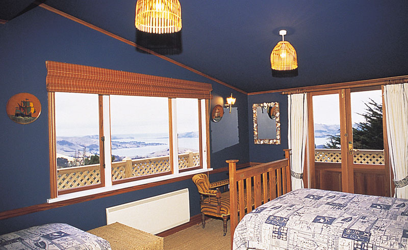 larnach lodge sea room