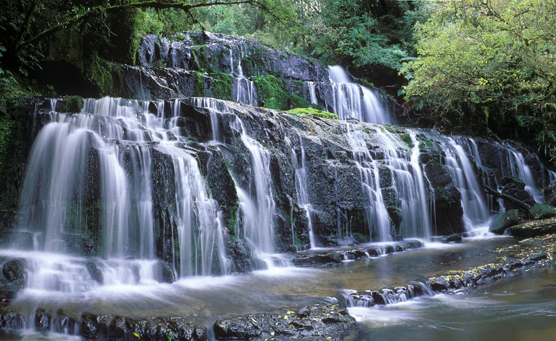 new zealand catlins waterfall vs