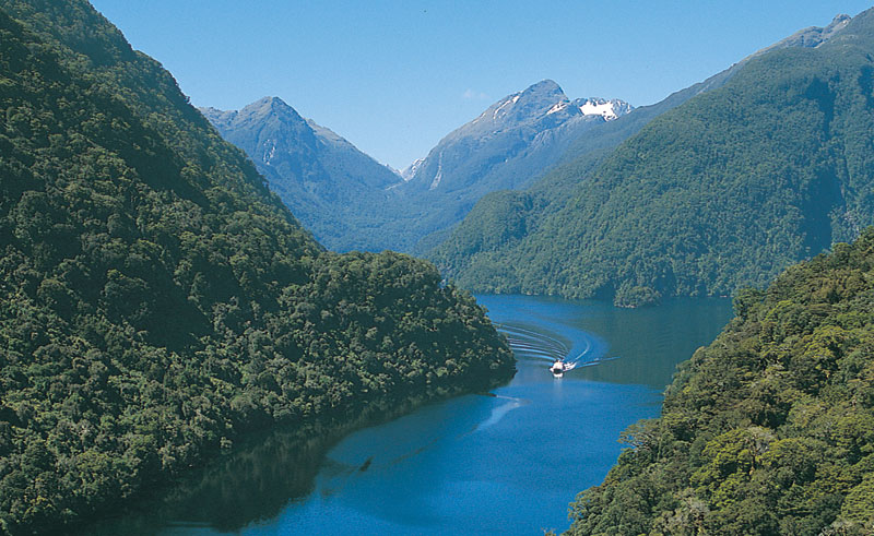new zealand fiordland doubtful sound cruise rj