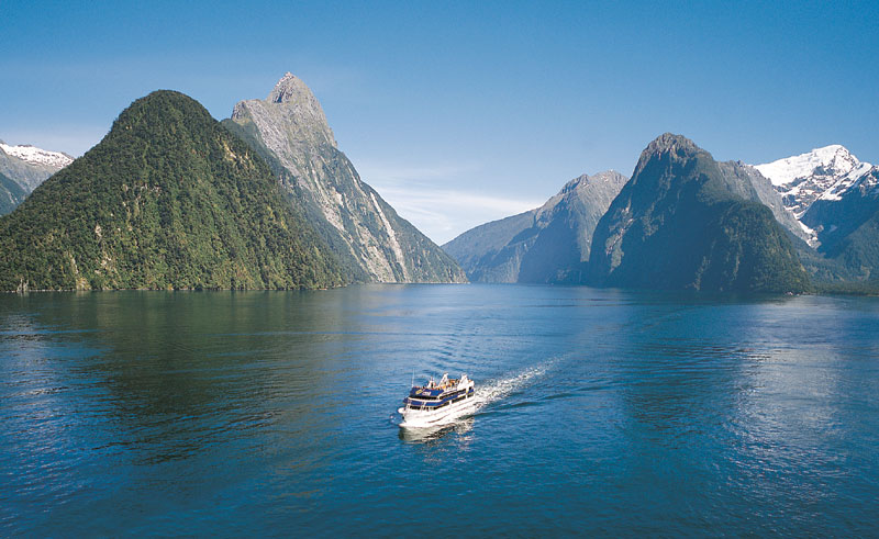 new zealand milford sound cruise rj