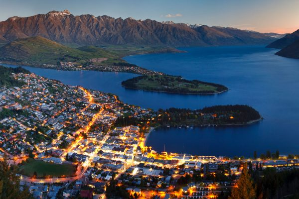 new zealand queenstown at night adstk