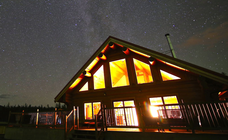 northern lights resort and spa night sky