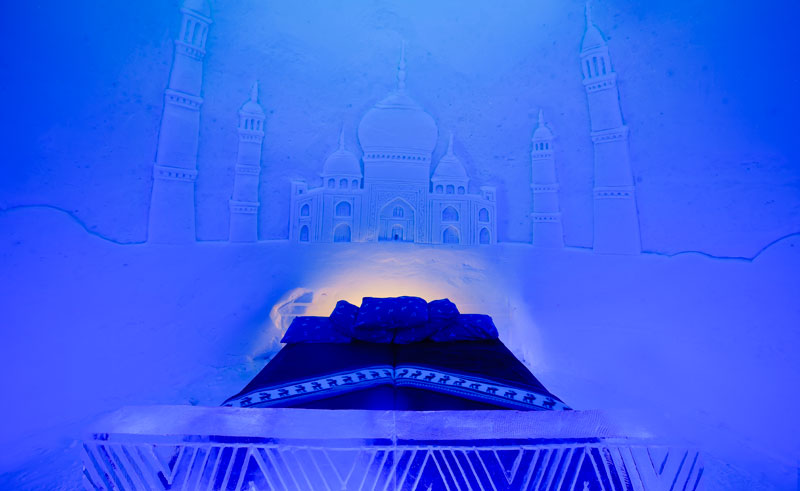 northern norway kirkenes snowhotel ice room