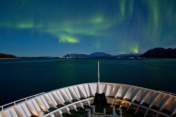 norway north bow aurora hurtigruten