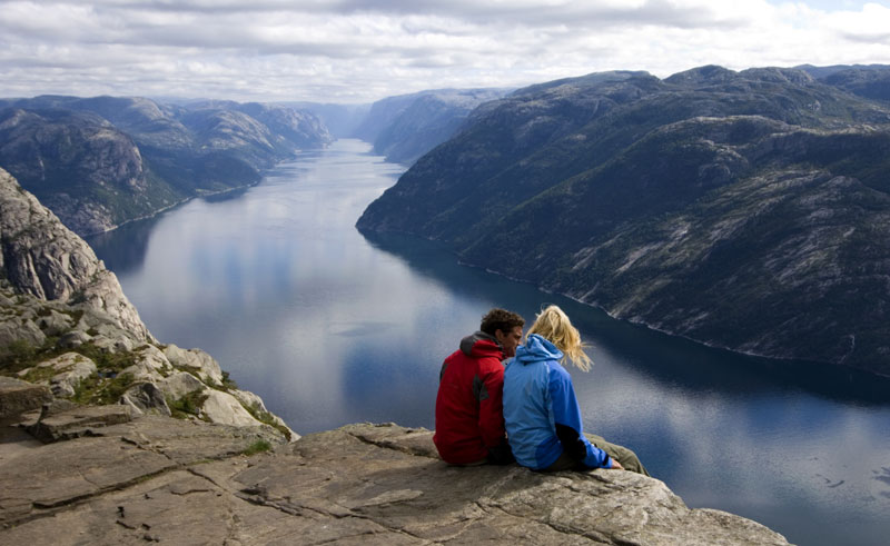 norway south stavanger lysefjord pulpit rock couple rs