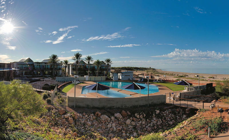 novotel ningaloo resort pool