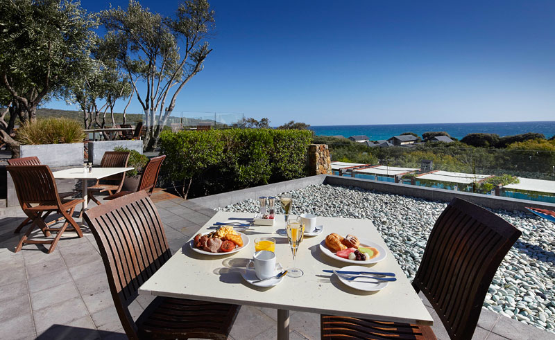 pullman resort bunker bay breakfast alfresco