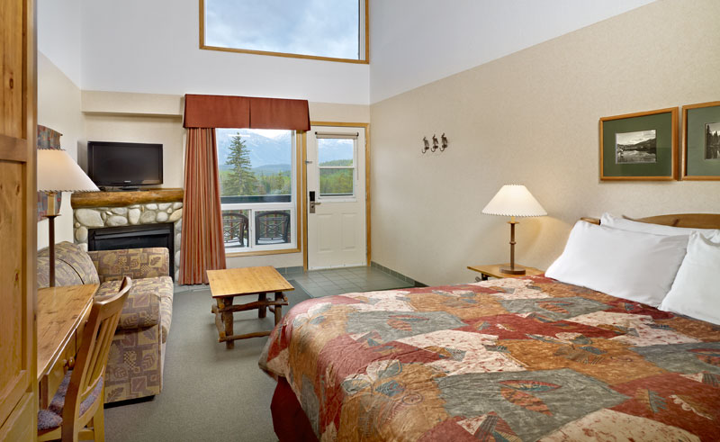 pyramid lake resort cavell room queen