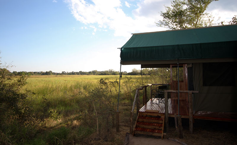 sango safari camp room exterior