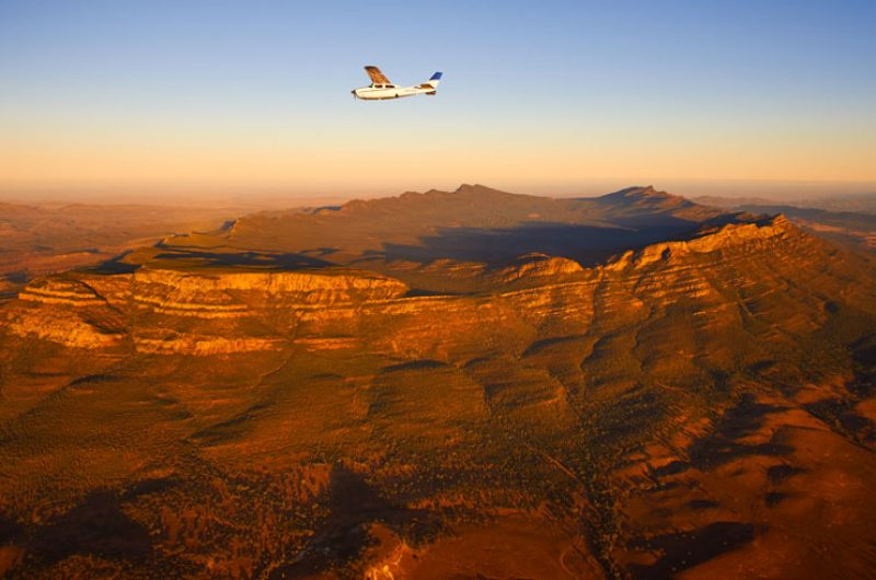 south australia bush pilots scenic flight wilpena pound satc