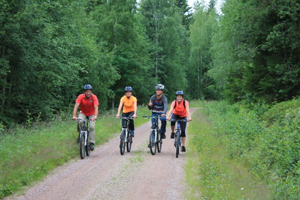 sweden dalarna johannisholm family mountain biking