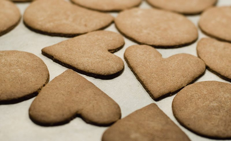 sweden food gingerbread biscuit vs