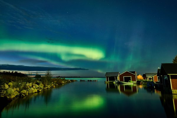 sweden lapland aurora coast brandon lodge gr