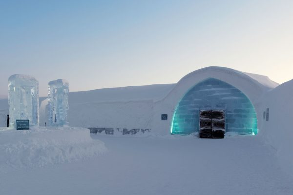 sweden lapland icehotel entrance chauser