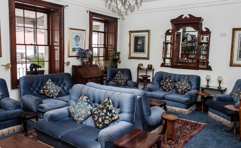 the consulate hotel lounge