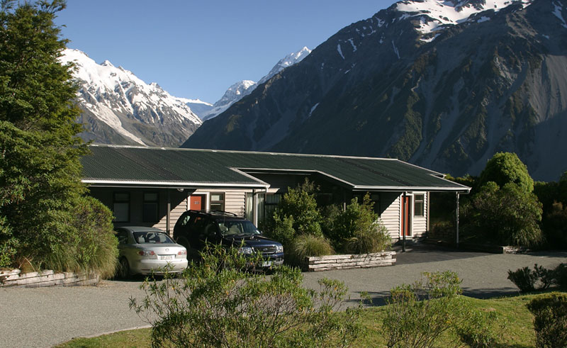 the hermitage hotel mount cook exterior