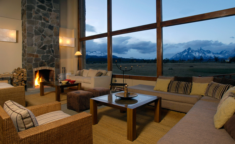 torres del paine rio serrano lounge with view