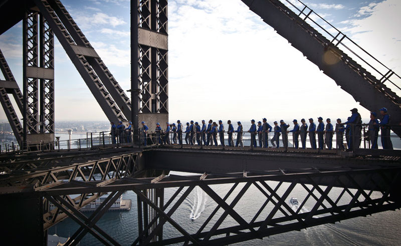 australia sydney harbour bridge climbers