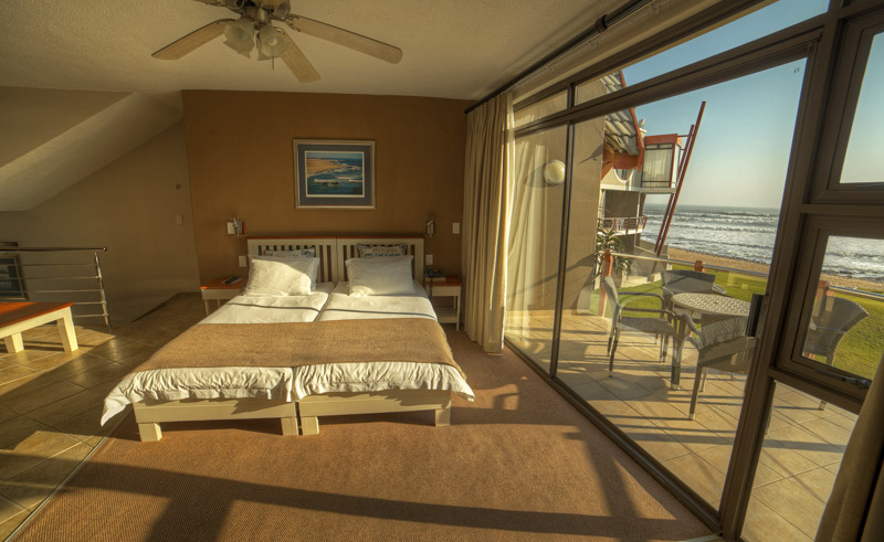 beach lodge bedroom