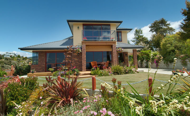 bellbird lodge exterior