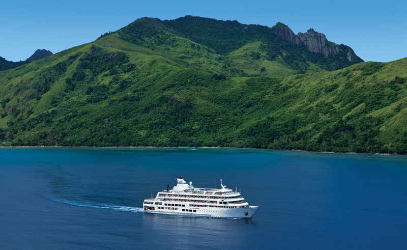 fiji reef endeavour cruise ship ccc